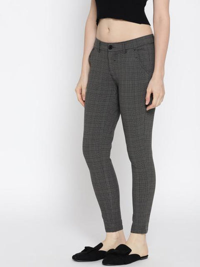 Women checked Cropped Trousers - JUMP USA
