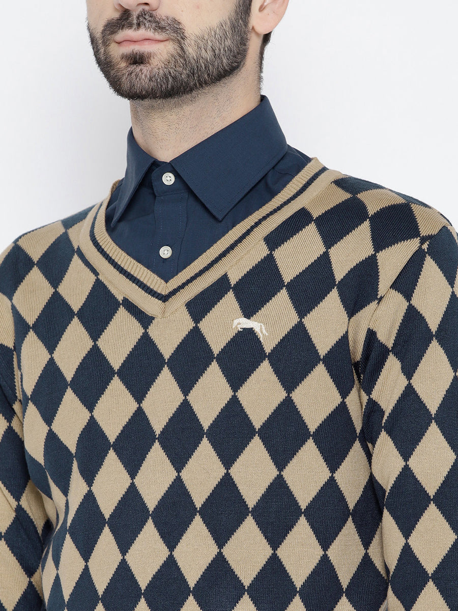 Men Beige and Navy Blue Colourblocked Pullover