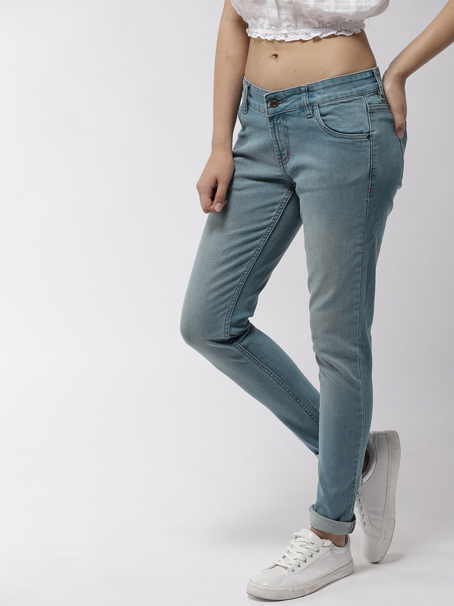 Women Blue Skinny Fit Mid-Rise Clean Look Jeans