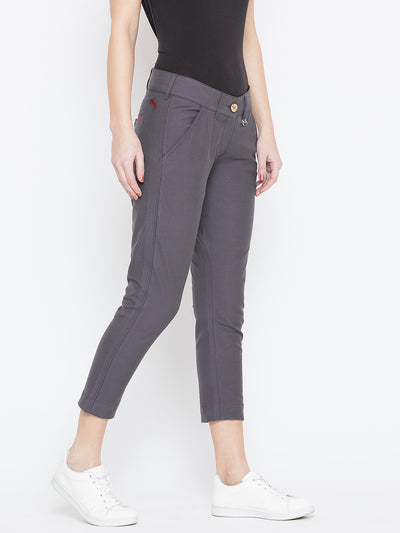 Women Grey Solid Skinny Fit Chinos Trousers - JUMP USA