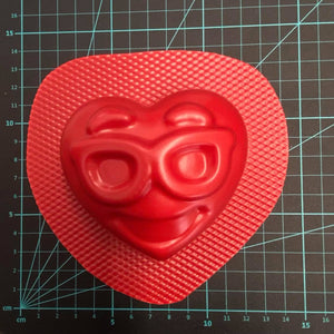 Shades The Heart™ Bath Bomb Mould