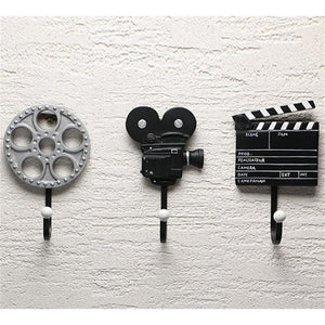 Vintage movie wall hooks - Blindigo