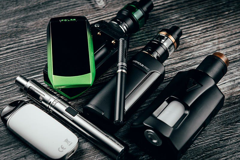Choosing Between The Best Vape Kits, Tanks & Pod Systems