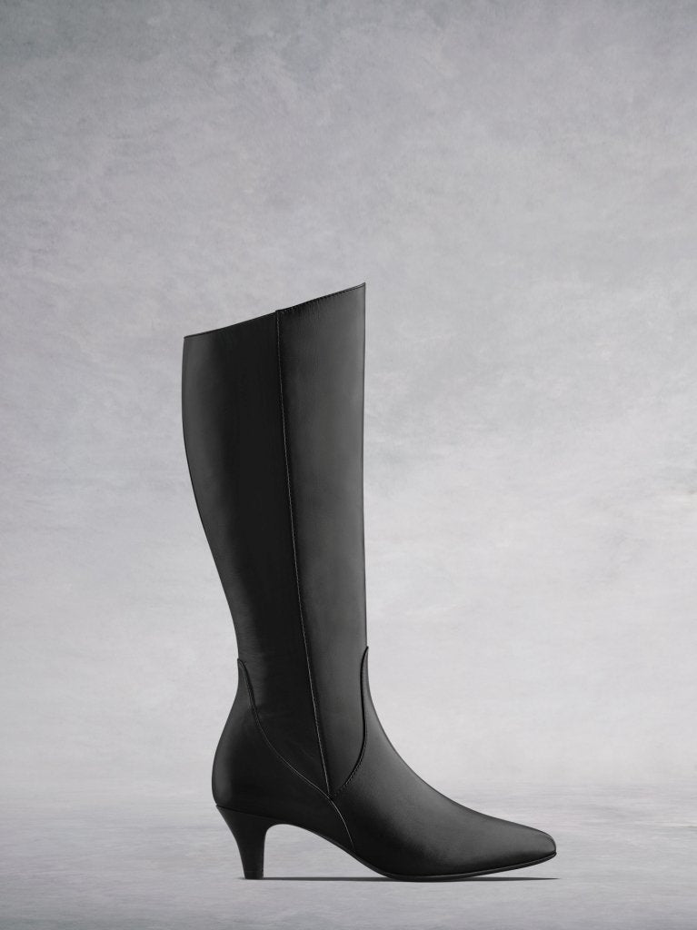 Breedon Black Leather - Black knee high boots with kitten heel.