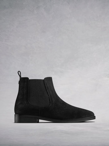 Darwin Black Suede - Round toe flat Chelsea boots.