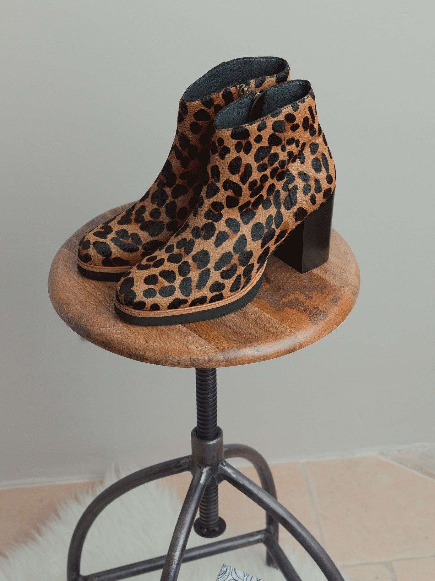 Ryton Leopard Hair Leather - High heel platform ankle boots.