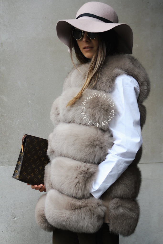 Straight Fox Fur Vest