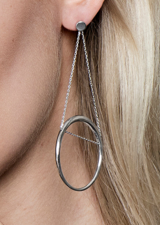 Astrid & Miyu - Spiral Swing Earrings - White Gold