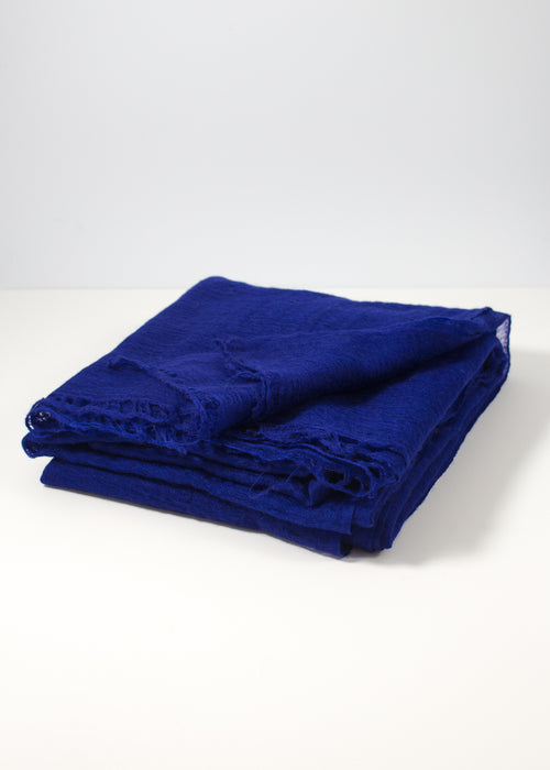 IRIS DELRUBY - Flywing cashmere scarf - deep bright blue
