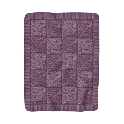 Viking Borre Multiknot Violet Sherpa Fleece Blanket