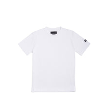 Laden Sie das Bild in den Galerie-Viewer, The Match White T-Shirt