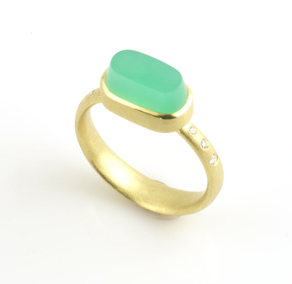 CHRYSOPRASE RING OVAL