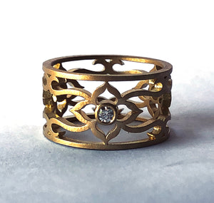 18K Flower Vine Ring with Diamonds (Size 8)