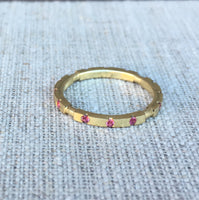 18K SQUARE STACKABLE RING PINK SAPPHIRE