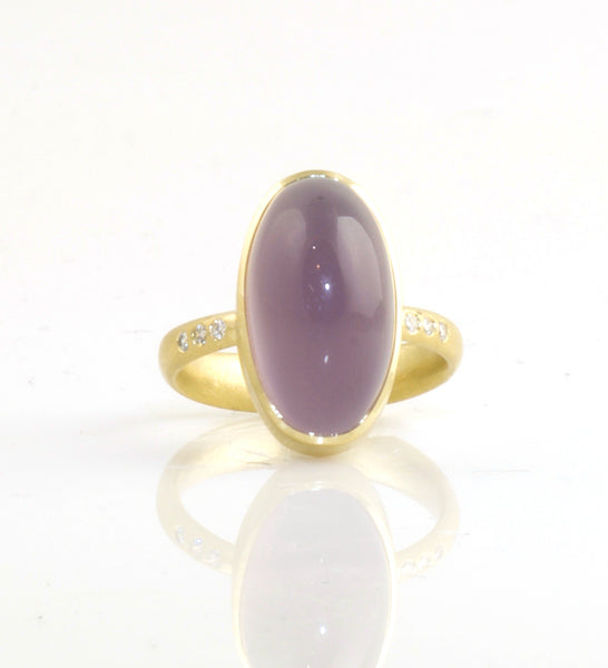 Mauve Chalcedony ring