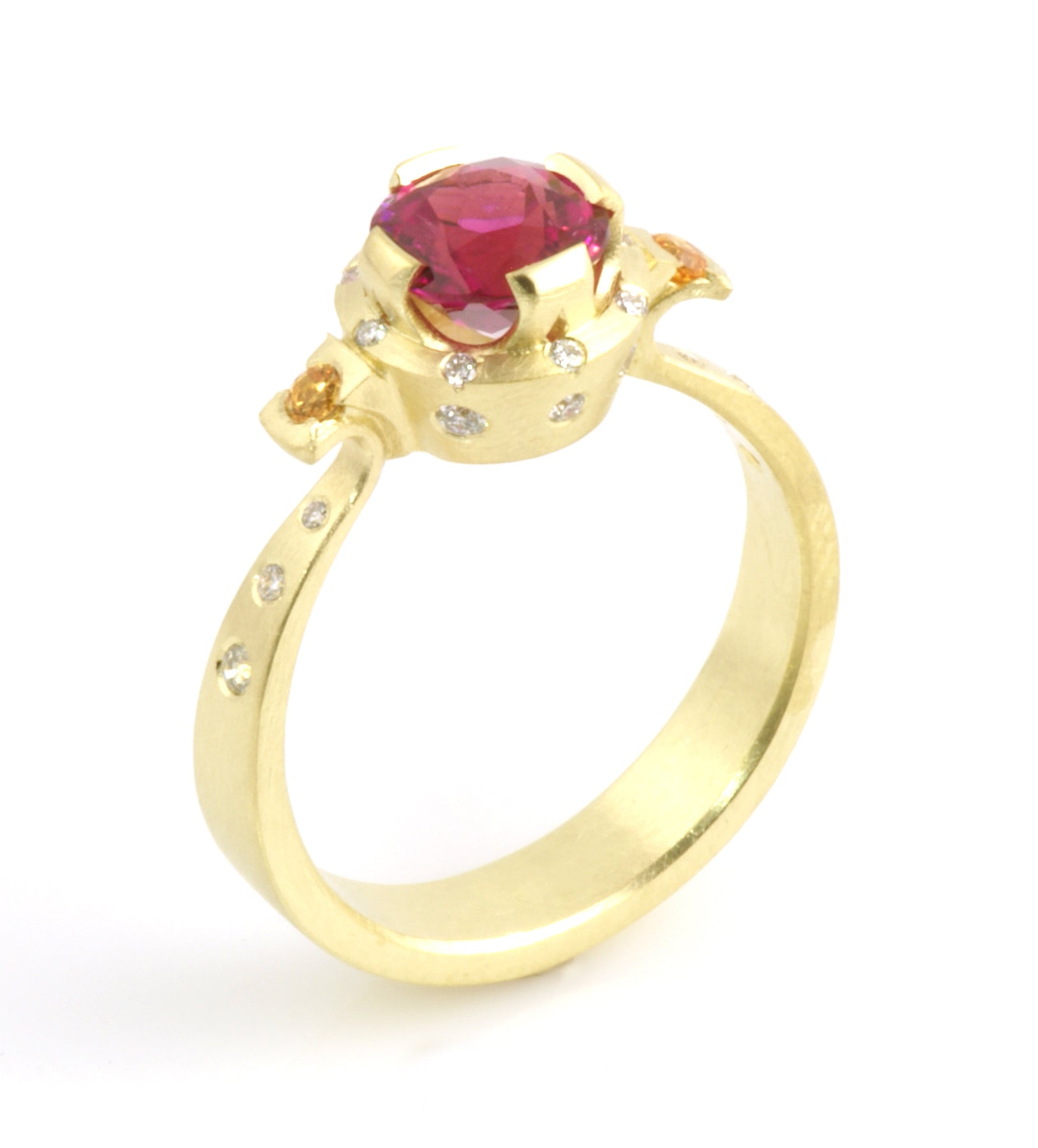 Rubellte Tourmaline ring