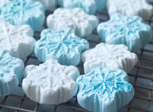 Snowflake Sparkle Christmas Marshmallows - 12 Pieces