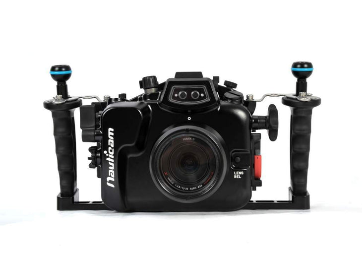 Nauticam NA-GH4 Housing for Panasonic Lumix GH4 Camera