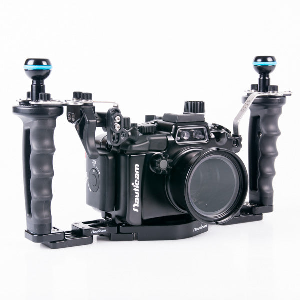 Nauticam NA-RX100V Housing for Sony RX100M5 Camera Pro Package