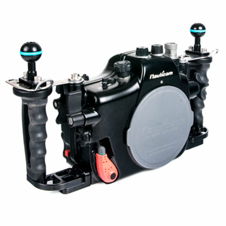 cp.1610 Used Nauticam NA-A7 Underwater Housing and a Sony A7R Camera Package (SKU:17410)