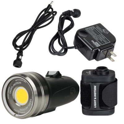 Light & Motion SOLA Video 3800 F LED Dive Light with Battery Pack Kit
