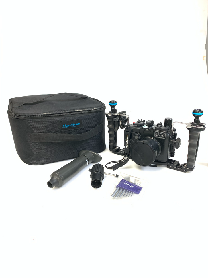CP.3704 Used Nauticam NA-LX10 Pro Package (Inc. flexitray, right handle, two mounting balls, M14 vacuum valve, shutter extension) (SKU:17714P)