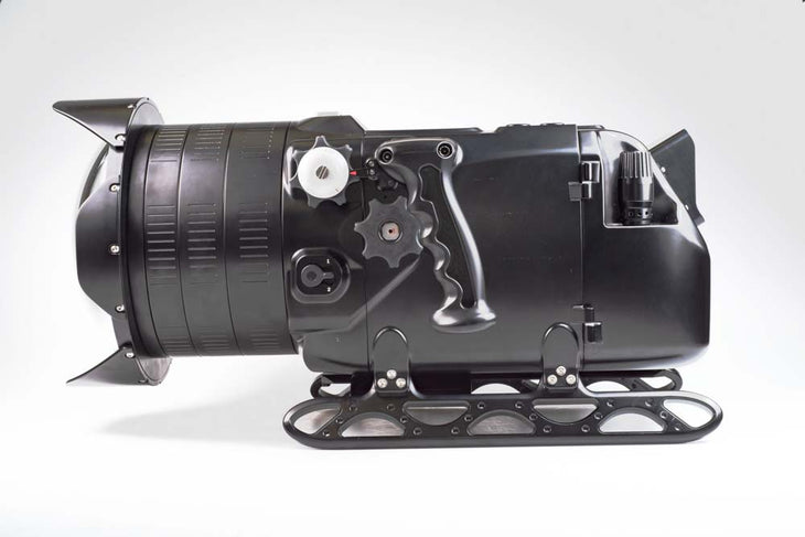 cp.3065 Used Nauticam Digital Cinema System for Red Epic & Scarlet (N200 Port for PL Lenses, RedTouch 5, includes N200 250mm optical glass wide angle port, N200 extension rings 30, 40 and 50, and lens control drive shafts) (SKU: 16131)