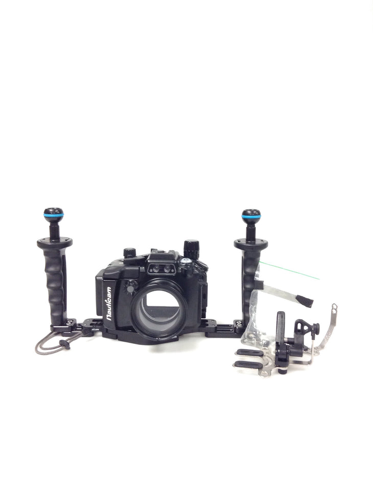 cp.3327 Nauticam NA-RX100V Housing for Sony RX100M5 Camera Pro Package (SKU:17418P)