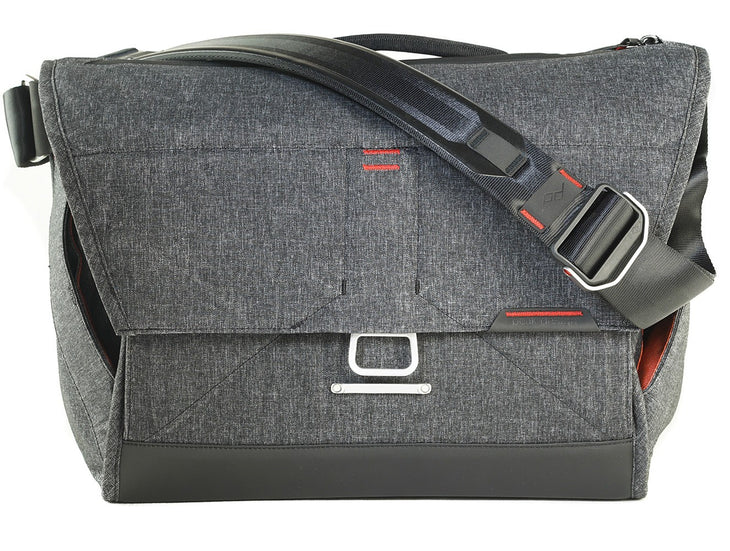 Peak Design Everyday Messenger Bag; Charcoal (Choose Size)