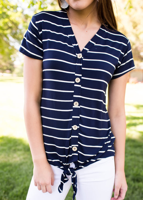 Forget Me Knot Tee - Navy - Sparrow Noir