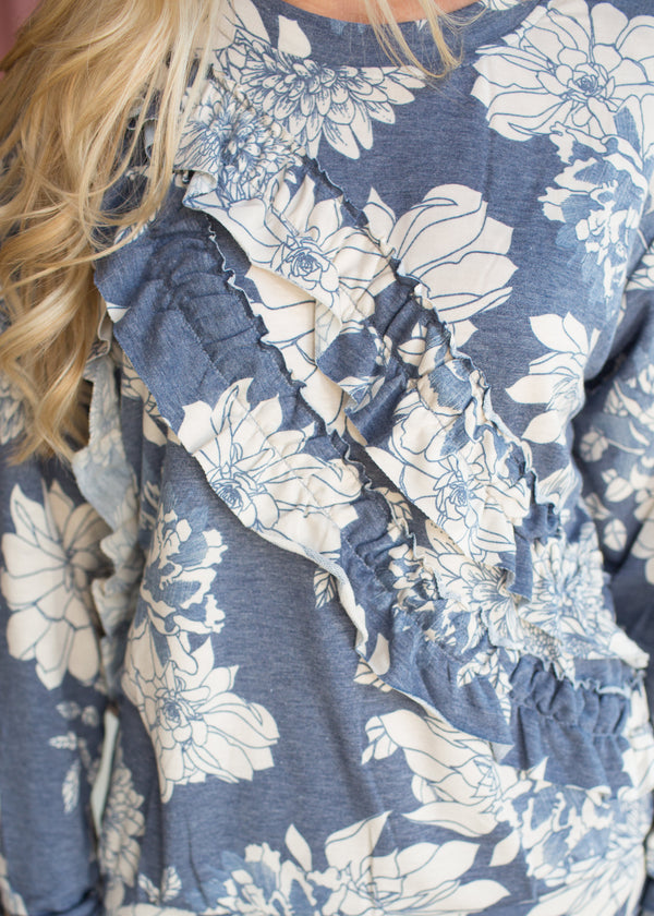 Lizzy Floral Pullover - Sparrow Noir