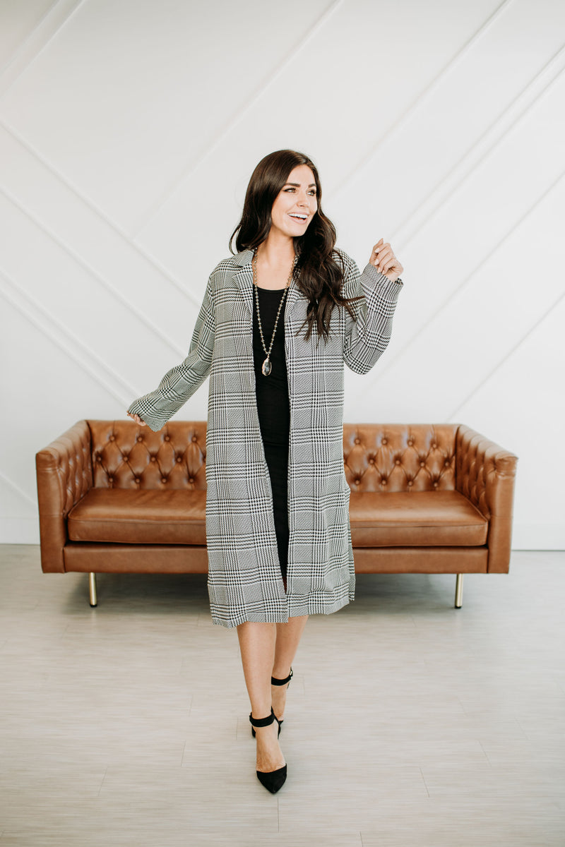 Night on the Town Plaid Coat - Sparrow Noir