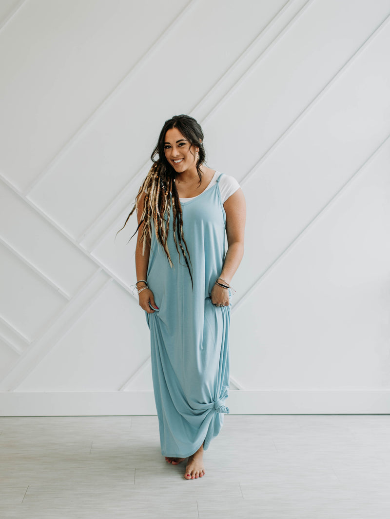 The Addison Maxi - Milky Blue - Sparrow Noir