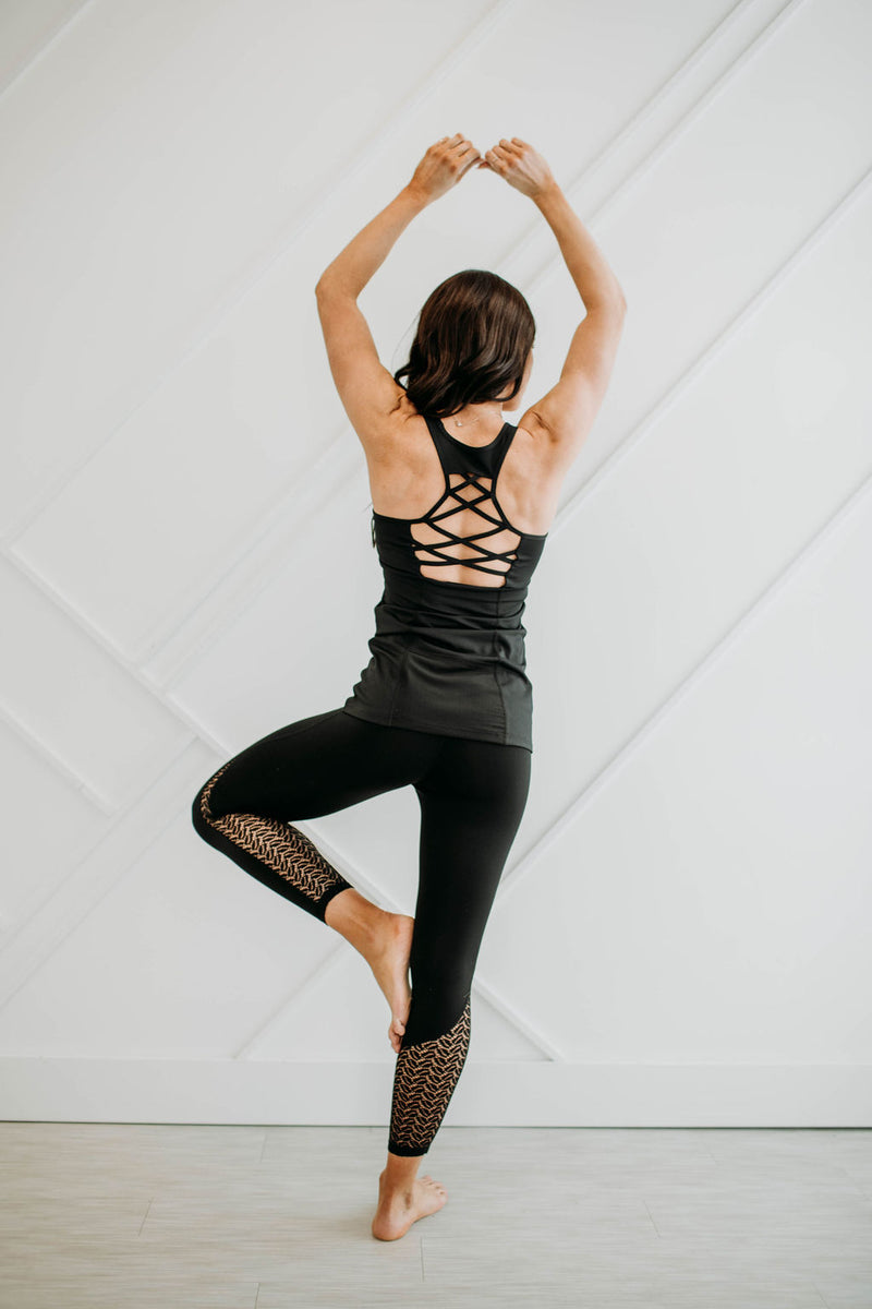 Lattice Back Athletic Tank - Sparrow Noir