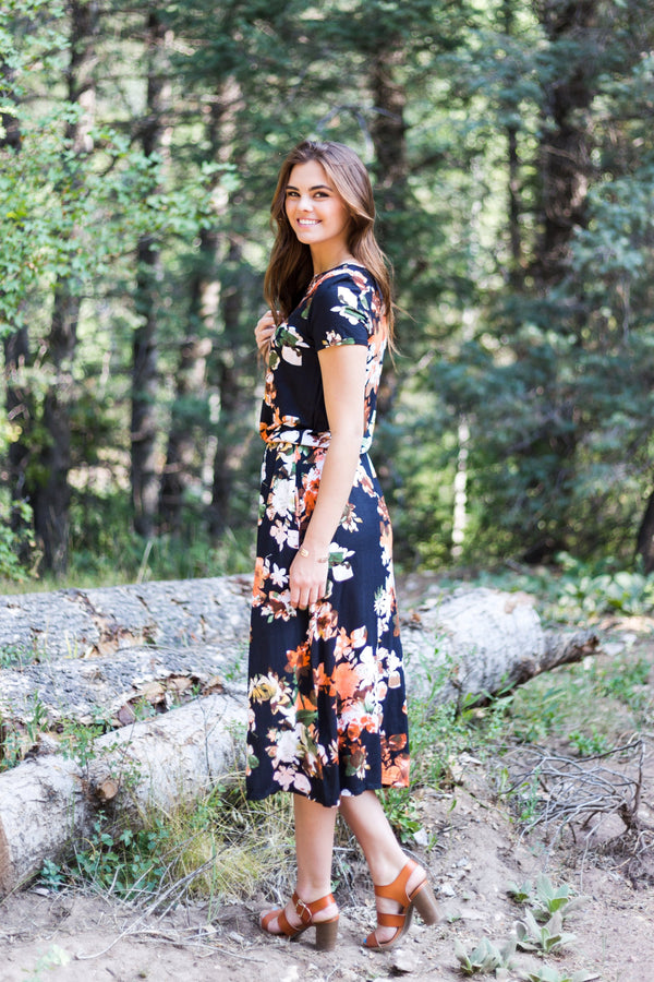 Chelsea Floral Dress - Sparrow Noir