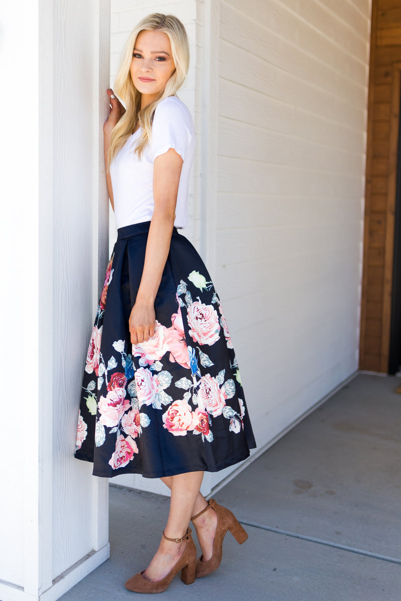 Spring Blossoms Skirt - Sparrow Noir