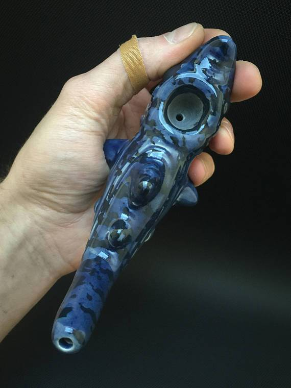 Ceramic Shark Pipe - Marbled Dark Blue & Black