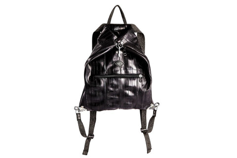 sac à dos vegan pour hommes et femmes en chambre à air de vélos recyclés, vegan inner tubes black backpack for men and women, Fantome par Importations Lou au Canada
