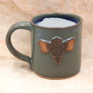buzzy bee mug ash blue