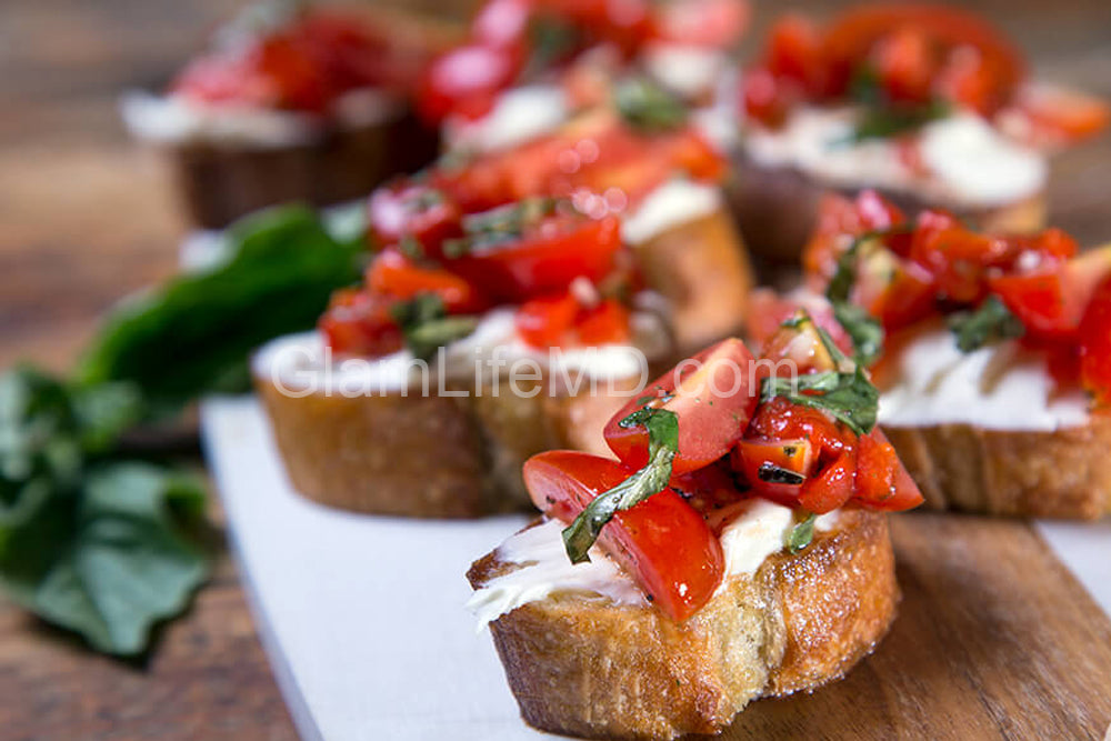 Balsamic Roasted Red Pepper Bruschetta | Appetizers Recipes Healthy