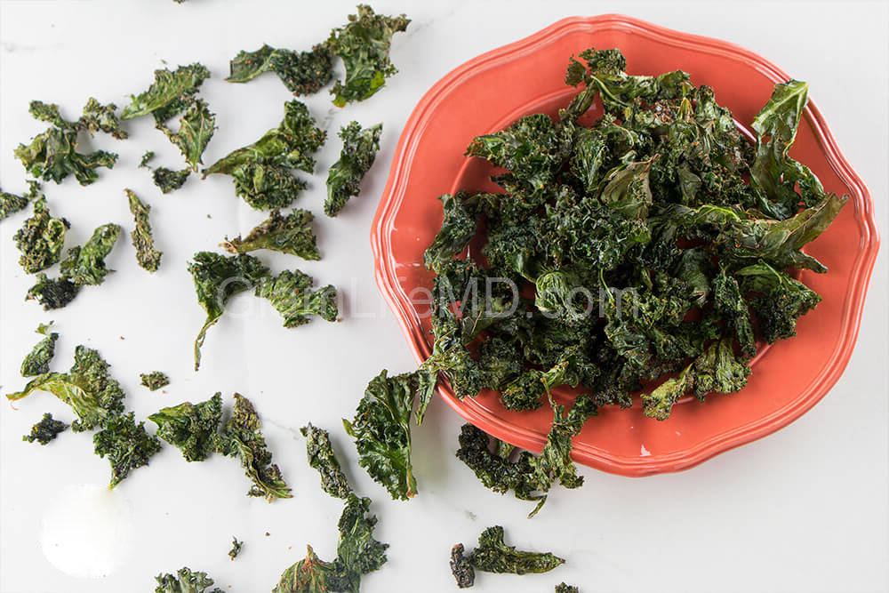 California Garlic Kale Chips | Snack Recipes For Kids