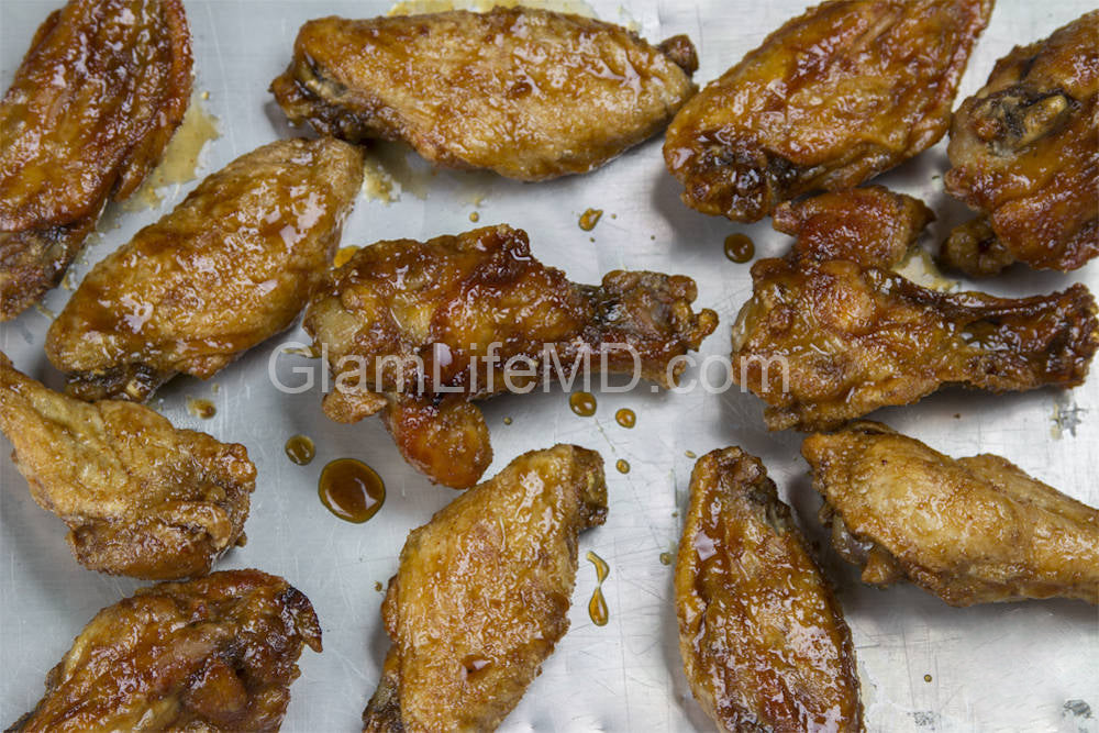 Sweet Smoky Baked Chicken Wings | Friendsgiving Recipes Appetizers