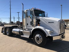 Used 2016 KENWORTH T800