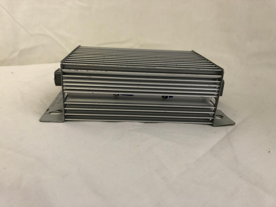 Ford Fusion BA1T-18C808-AA Audio Amplifier