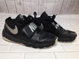 Nike Black & Gray Sneakers