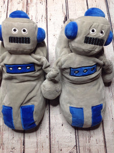 Old Navy Gray & Blue YB Footwear Slippers