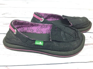 SANUK Black Shoes