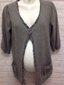 Size Large Duo Gray Solid Sweater