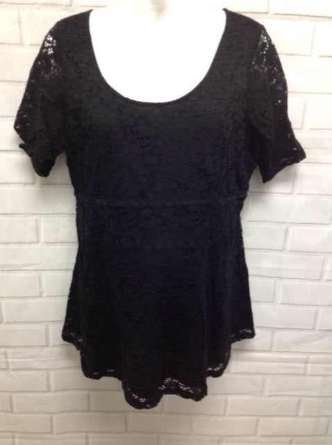 Size XL Motherhood Black Lace Top