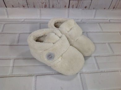 UGG Off-White Slippers